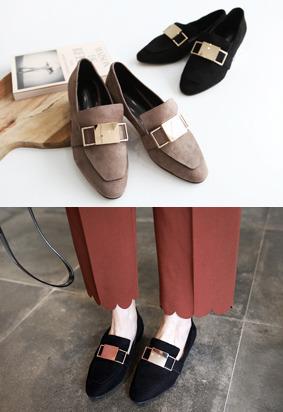 金属感元素绒面乐福鞋